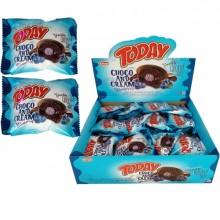 Маффин Today Шоколадный  с черничным кремом